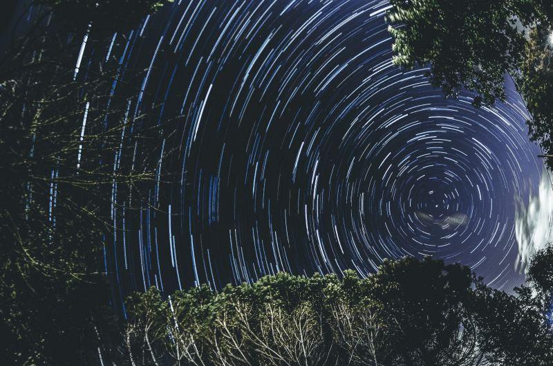 luca-iaconelli-x-d3XHS23oc-unsplash starry night