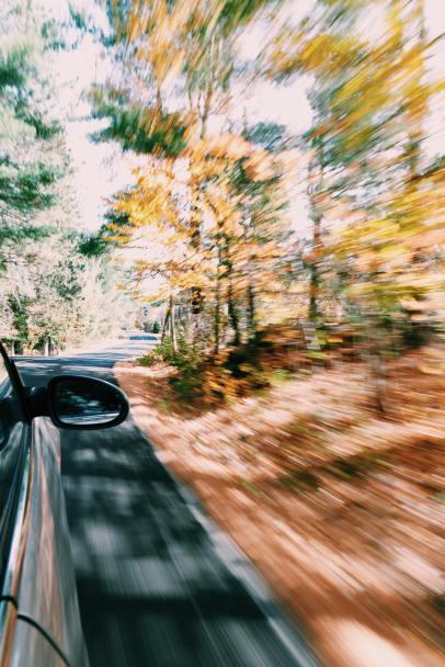 dave-poore-KvegUJFENhg-unsplash car ride
